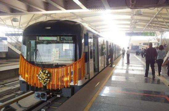 在美国波士顿,中国陆续拿下的地铁订单,已经超过了400列。