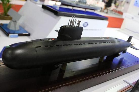 中国S26T潜艇现身泰国防展