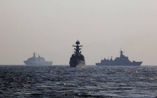 图注:在此次东海演练前约半个月,南部战区已举行大规模海空军联合演练。