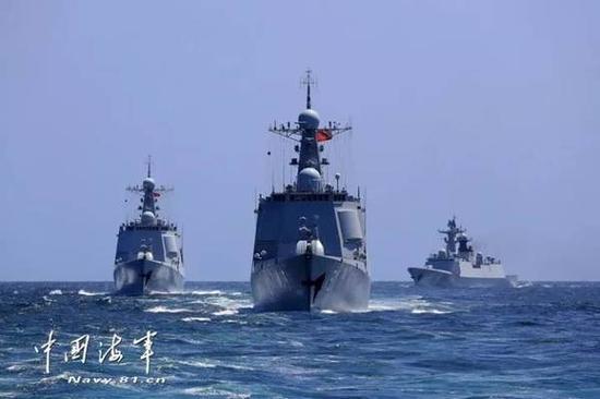 图注:中国海军发布的此次海空军东海联合演习照片。