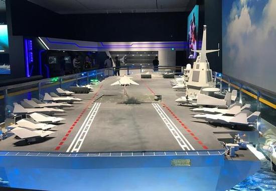 外媒称卫星图曝光中国003航母轮廓 采用电