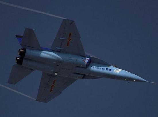 L-15猎鹰教练机