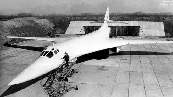 1987年普里卢基基地第184重型轰炸机航空团的图-160