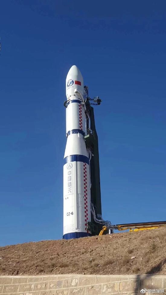 中国长征六号运载火箭一箭三星发射成功(图)