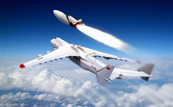 可重复使用的航天飞机为空间探索提供运输