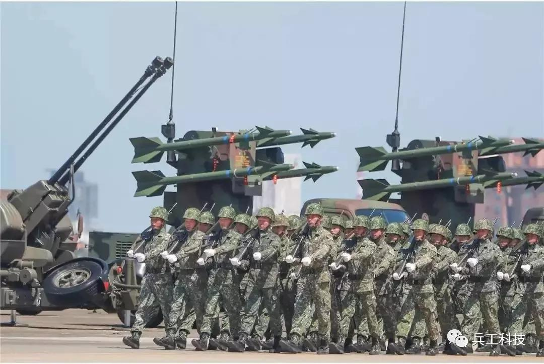 台湾本想买反坦克导弹 美国为何非要售台防空导弹