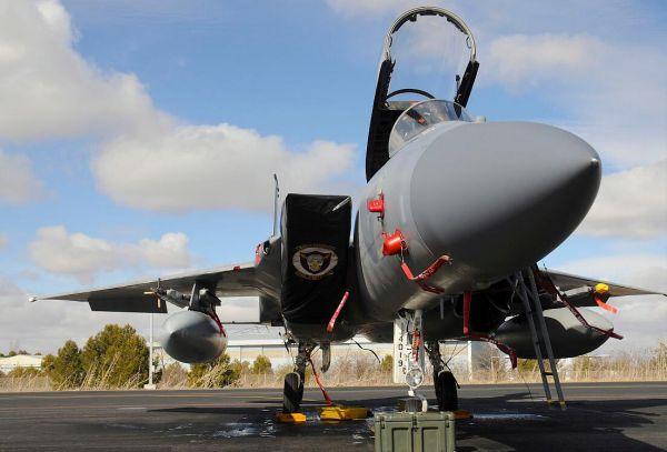 美媒:美空军已把欧洲战区当试验场 部署F22对抗俄