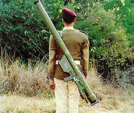 巴铁山寨美国毒刺导弹获中国帮助 结果中巴获得双赢