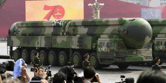 东风41威力有多大:可携4枚50万吨级核弹头飞到纽约