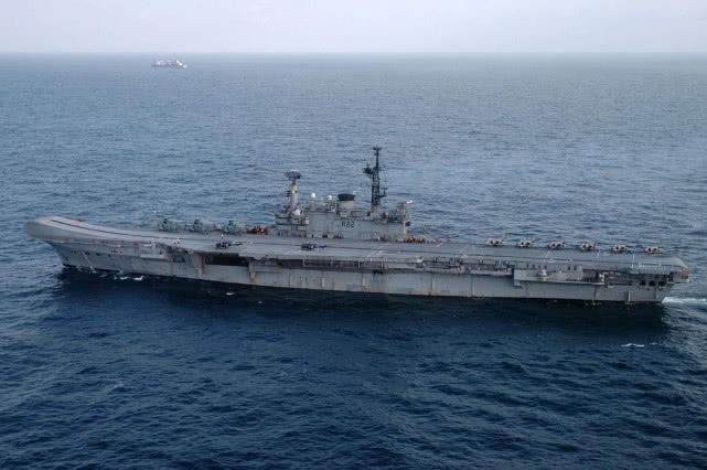 印度拍卖退役航母无人问津 为何有人建议我国购买?