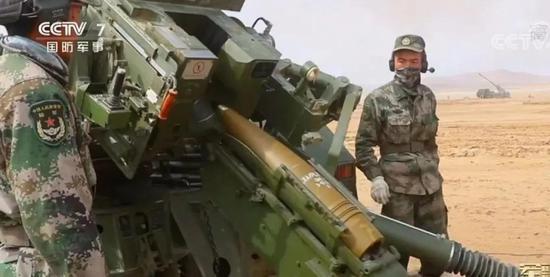 """卡拉什尼科夫对中国印象并不很好 曾被中国枪""""震聋"""""""