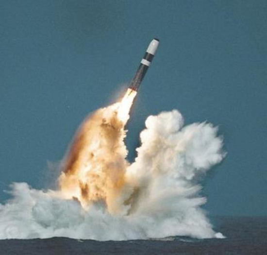 美海军疯狂扩张为应对苏联 7年内造41艘核潜艇创纪录|美国海军