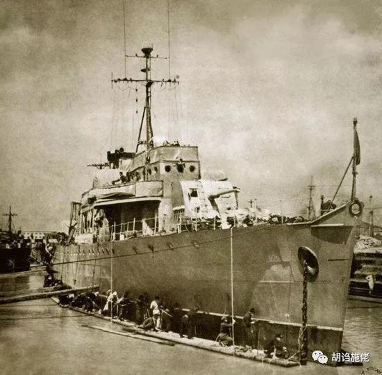 ▲ 把那么多不同的舰统一到两种主炮、两种副炮,也是极大改善了海军的后勤