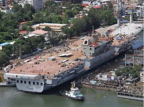 印度国产航母不给力 竟将中国航母PS上印度国旗(图)