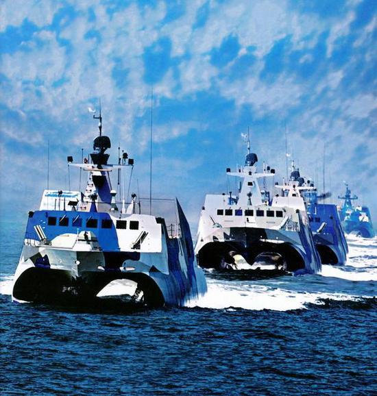 美两艘驱逐舰擅闯台海峡 我海军这款小艇可对其