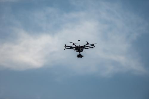 美军将装备全球最小无人侦察机 可装入口袋雷达找不到
