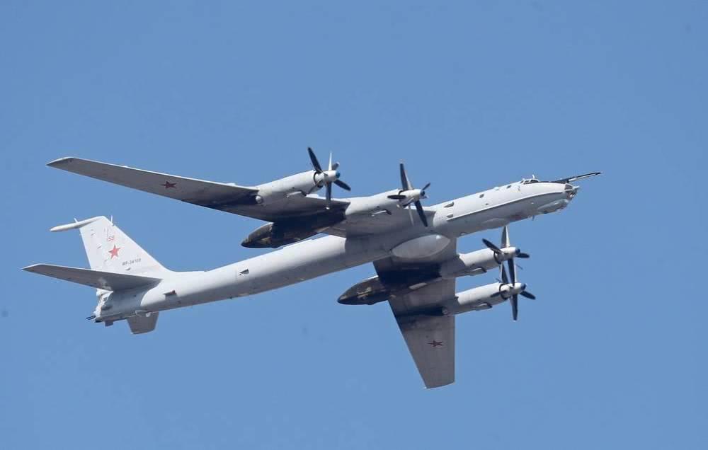 英国战机拦截俄轰炸机 俄军含蓄打脸:那是反潜机