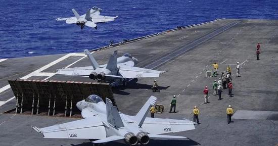 美集结三个航母编队演练驰援台湾?解放军针锋相对