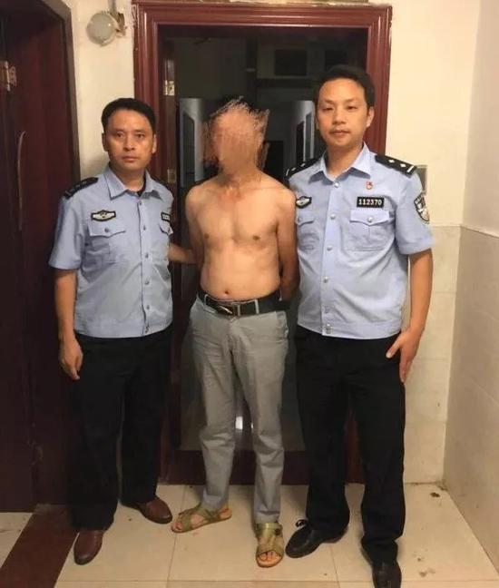 江西男子微信群辱骂殉职干部并叫嚣愿做汉奸 被拘6日