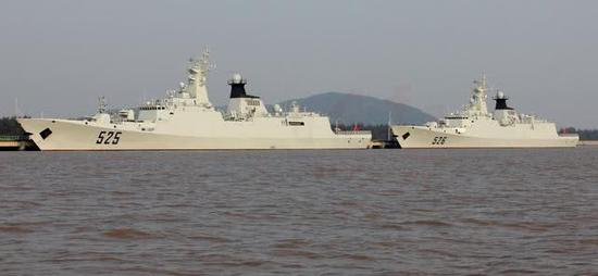 中国054护卫舰温州舰或即将出口 舰体已粉刷一新(