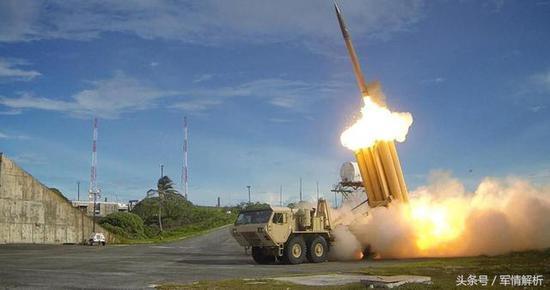 图为美国THAAD系统拦截弹发射瞬间
