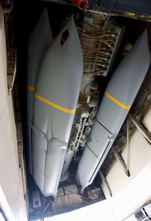 本次空袭意外成为了JASSM导弹的首秀