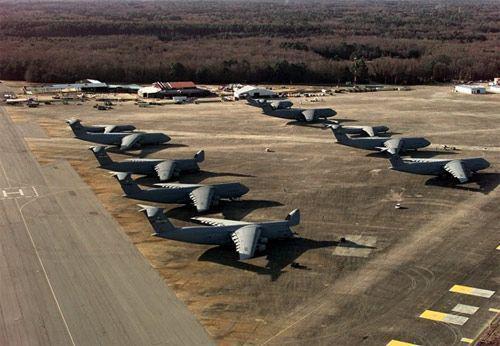 俄媒称美拉拢中亚欲开辟军事运输线 中俄将面临威胁