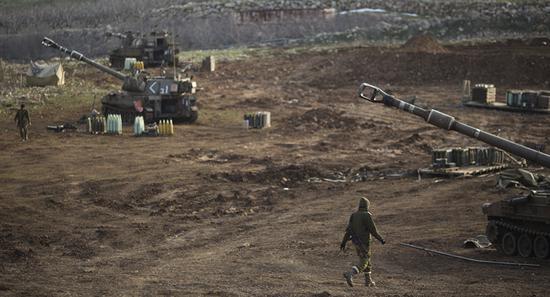 外媒:以色列向叙利亚首都发射导弹 叙军拦截多枚美型妖精大混战66回