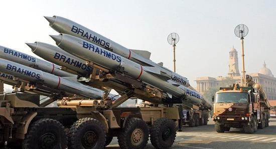 印度成功试射陆版基布拉莫斯超音速巡航导弹