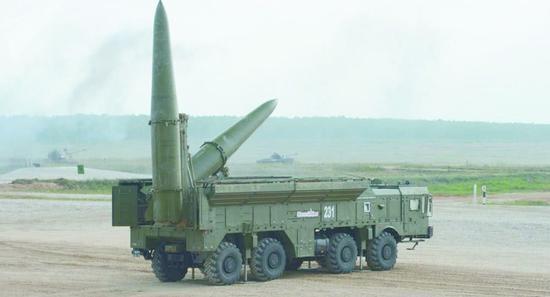 """俄軍""""伊斯坎德爾""""近程彈道導彈。"""