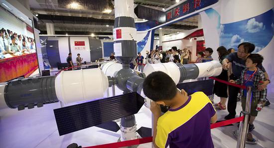 中国空间站核心舱开展测试 长五B火箭进行首飞准备