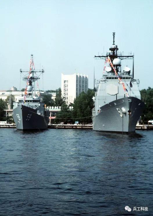 俄海军3艘军舰访问日本 是增强友谊还是互相探底
