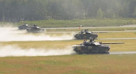 乌克兰T-84也是四车排
