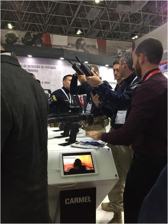 """巴西LAAD 2019武器展上,""""卡梅尔""""的亮相,?#35745;?#26469;源于以色列国防部"""