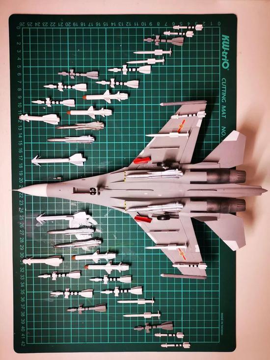 我与海军70年:网友制作的中国海军航空兵苏30MKK模型