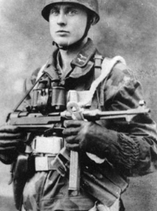 德国人在单兵装具上有板有眼,但却脱离了自己的实际