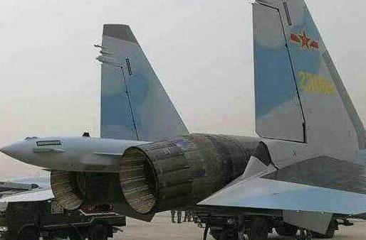 最早交付的苏-35战机