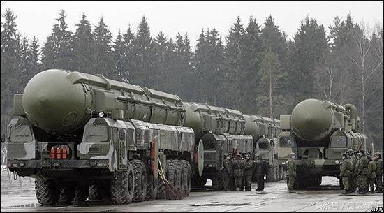 俄罗斯至今保持着强大的核武库