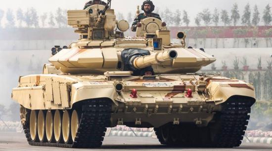 印媒:中国部署近5万大军 印度坦克进驻喀拉昆仑山口