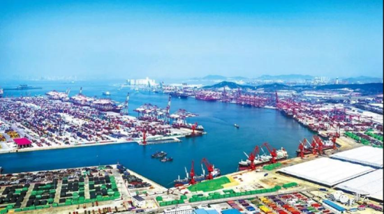 德国称中国绝造不出挖泥船 结果被天鲸号用造岛打脸
