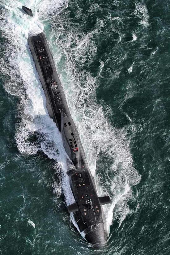 美潜艇躲过俄军搜索打击叙利亚 英潜艇却成被俄逼退