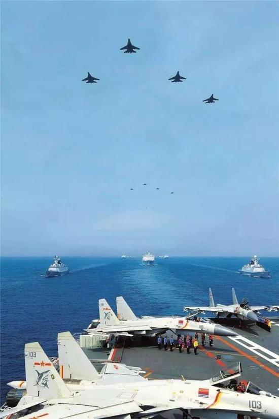我海军建军69周年 军媒:终于有资格回首时泪流满面