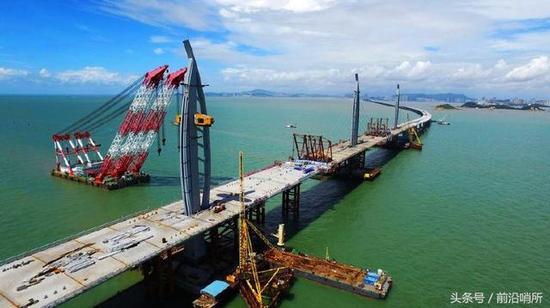 珠港澳大桥-美正努力改变基础建设 美网友 这方面中国稳居第一