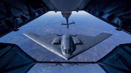 美10架B2轰炸机集结对中俄发警告?进行模拟核战演习卢安克近况