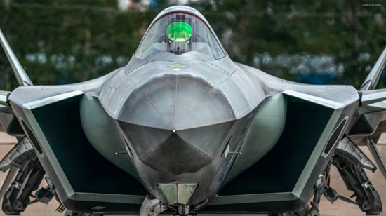 美媒:首架歼20B年底就能造好 航发用改进版WS10