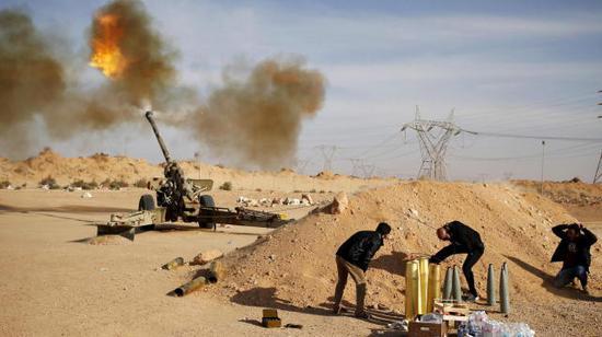土防长突访利比亚警告哈夫塔尔:敢攻击土军将遭打击