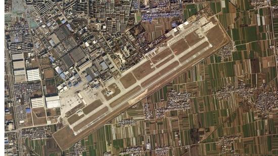 美卫星拍到中国16架运20同框照 其中4架有些特别(图)