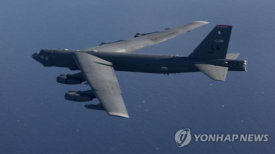 韩媒称美军B52取消参加美韩军演 或与朝韩会谈有关无动力滑翔伞