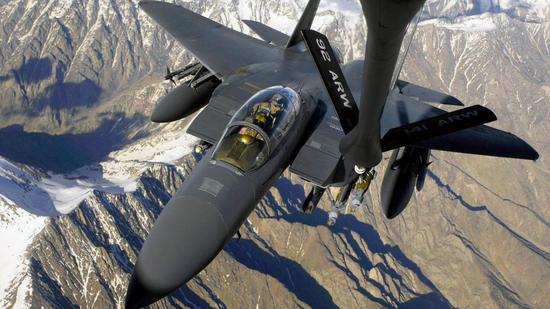 中国研制歼16战机提供一独特思路 引发美俄争相效仿