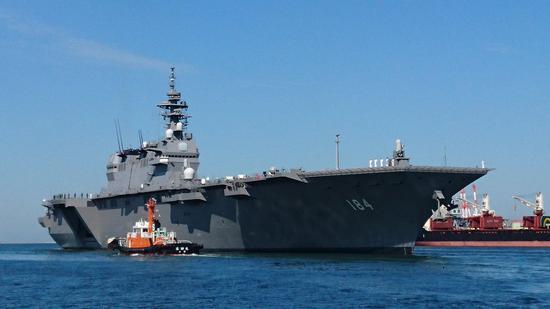 并与美国航母编队进行了联合演习.